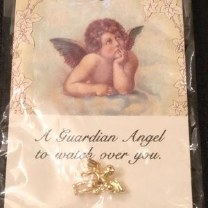 🆕 14KT Gold Plated Guardian Angel Angel Pin